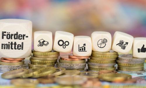 Fördermittel auf Münzenstapel